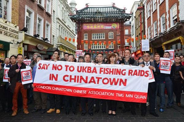 Demo warga China menentang UKBA