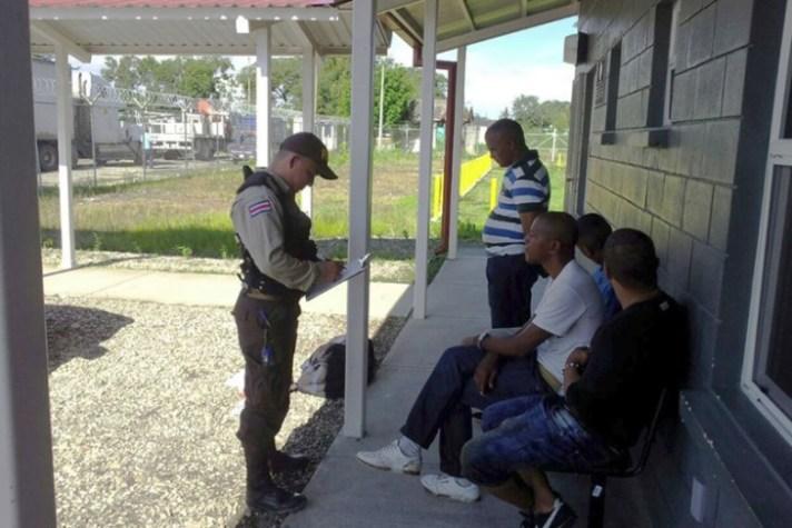 Orang Kuba ditahan di Kosta Rika
